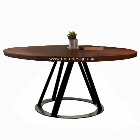 CLAVI_DINING_TABLE
